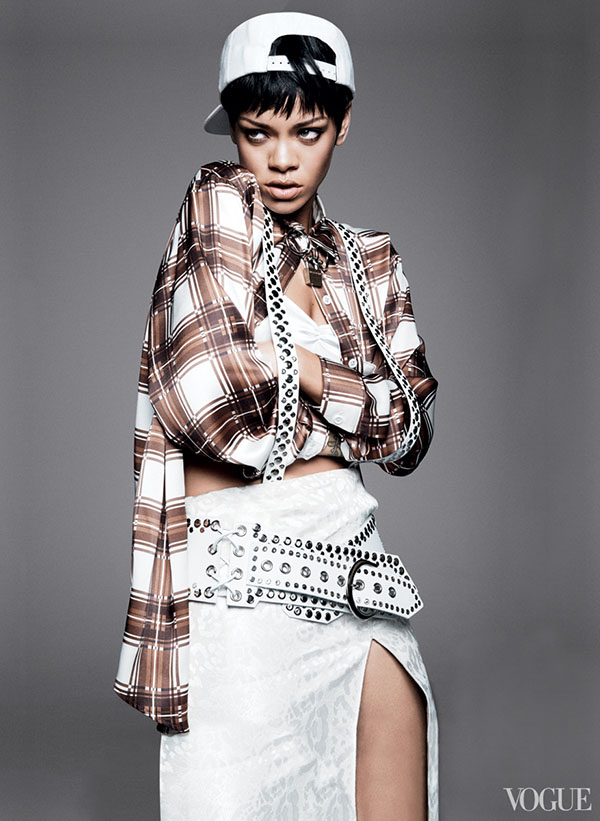 Rihanna-Covers-Vogue-2014-3