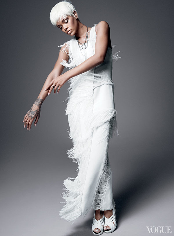Rihanna-Covers-Vogue-2014-9