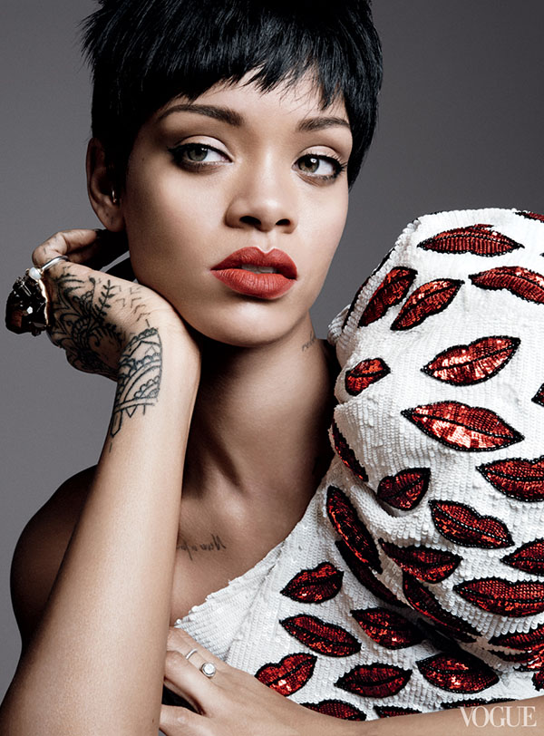 Rihanna-Covers-Vogue-2014