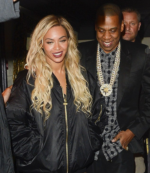 2-Beyonces-London-Mason-House-Jay-Z-Picasso-Baby-Bomber-Jacket